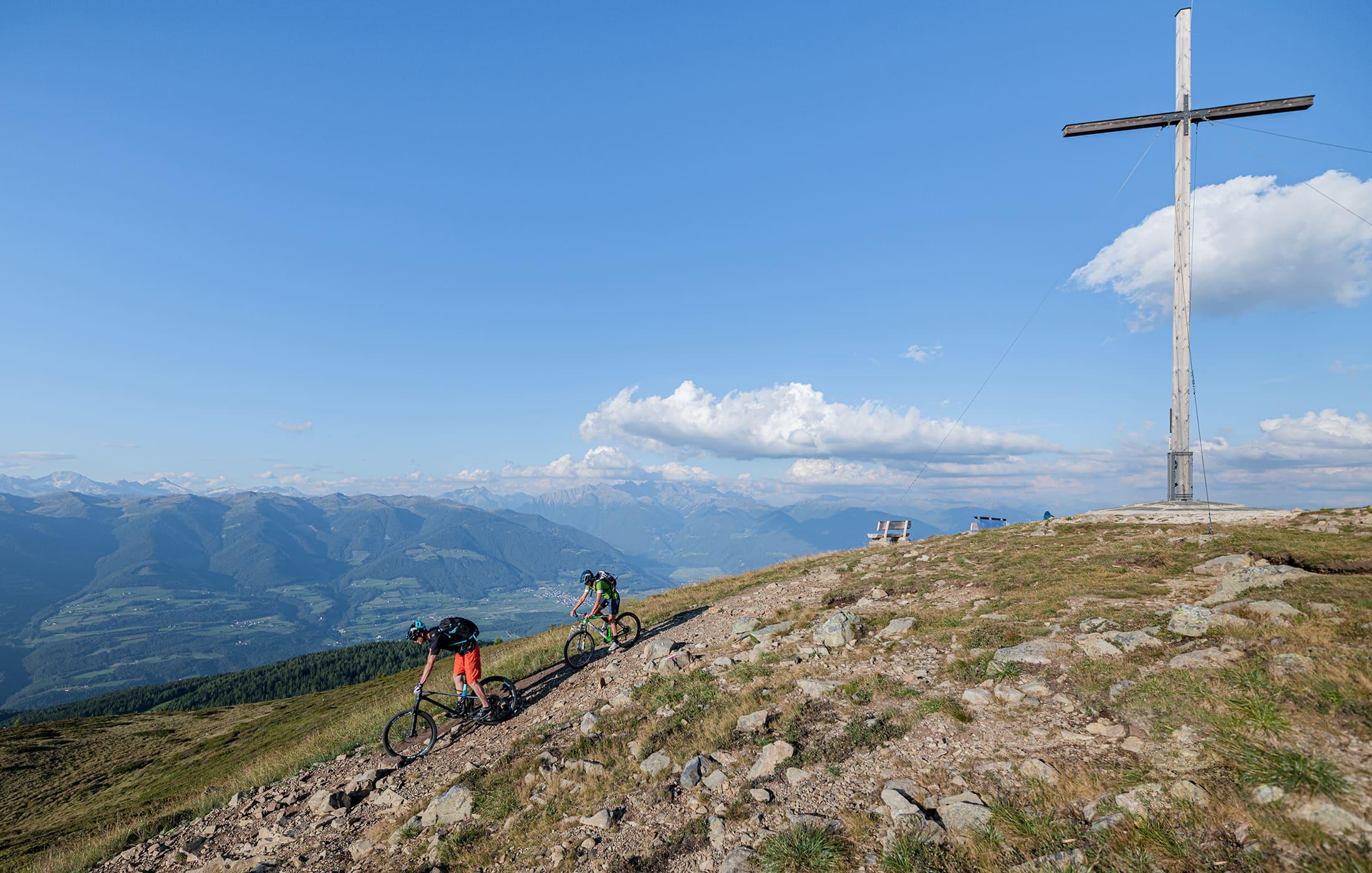 Christlrumerhof Slide Bike Stunt
