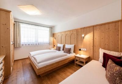 christlrumerhof-ferienwohnung-bildergalerie-fichte-10
