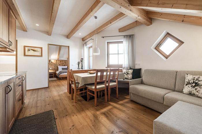 Swiss Pine apartment at the Christlrumerhof, Pustertal valley