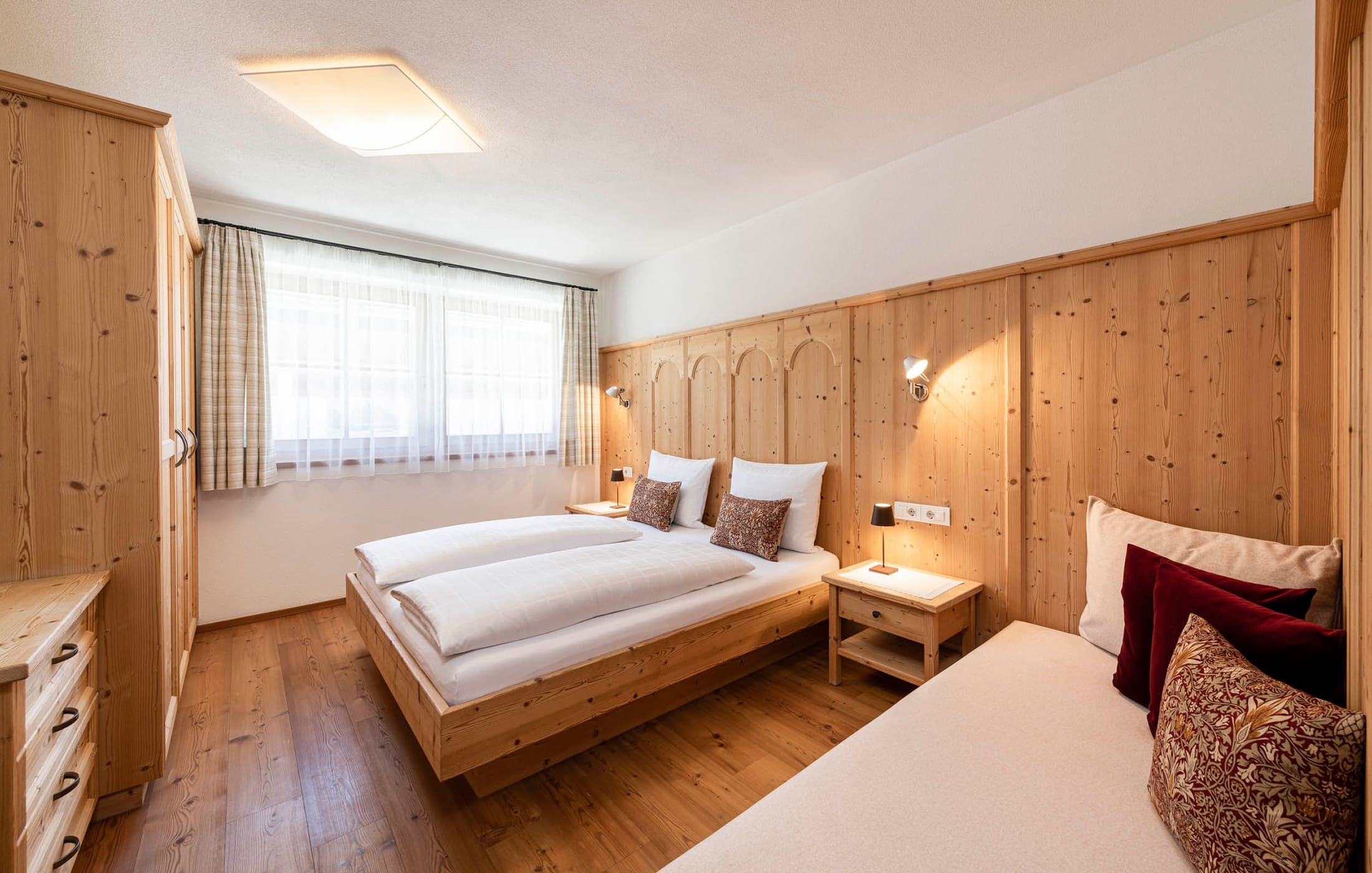 Christlrumerhof Ferienwohnung Schlafzimmer Fichte