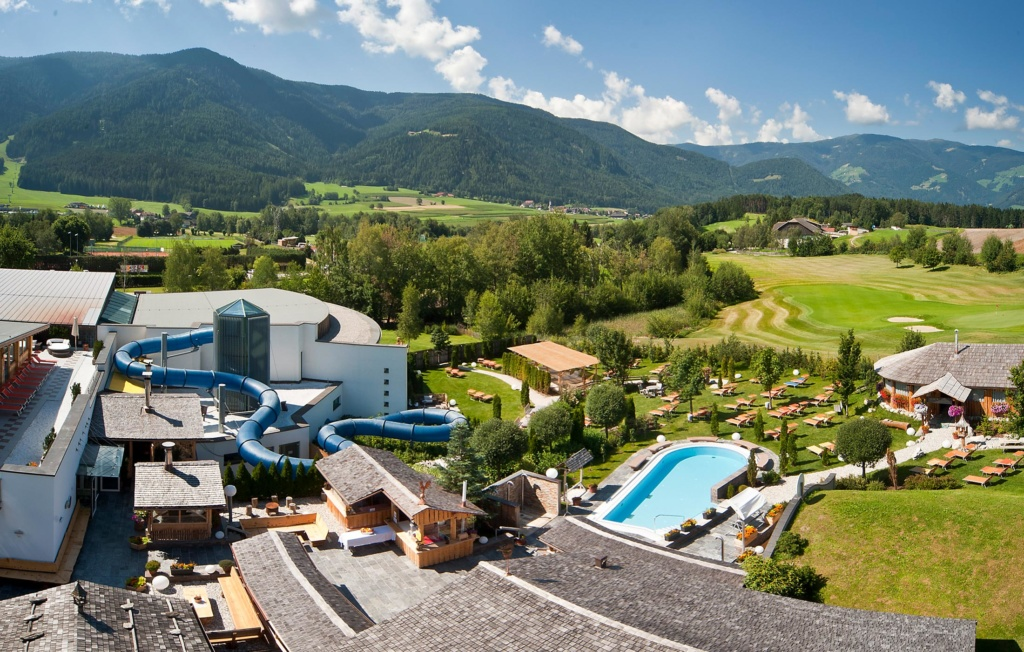 Cron 4 - The spa paradise in the heart of the Pustertal Valley