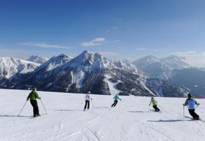 Skifahren am Kronplatz im Pustertal in Südtirol