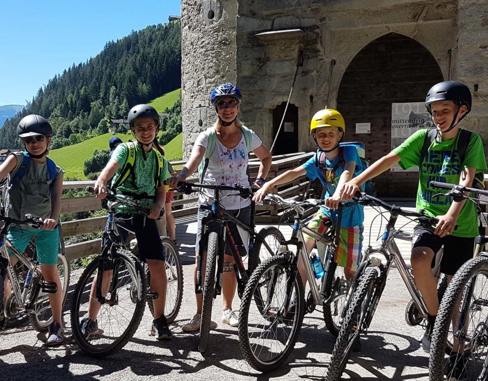 Tourenempfehlung Burg Taufers Reiner Wasserfaelle
